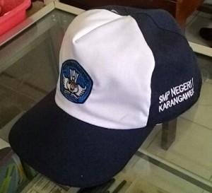 Topi Sekolah